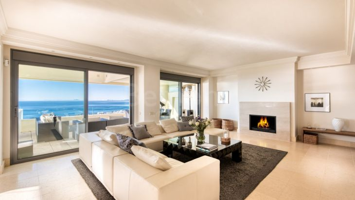 Penthouse for sale in Los Monteros, Marbella East