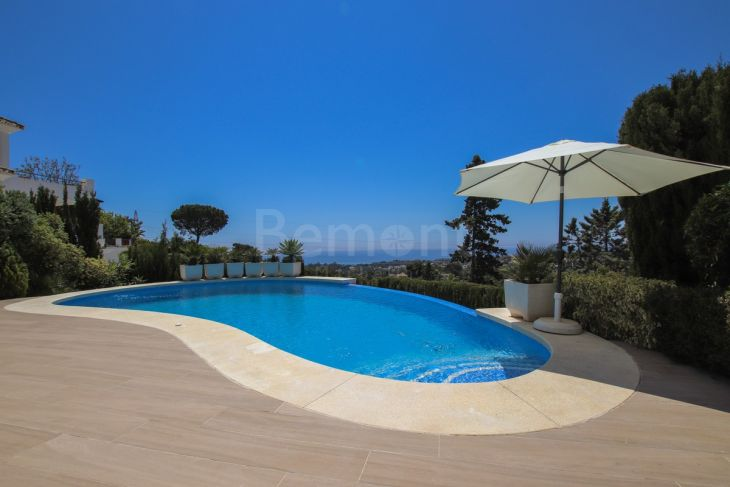 Villa in Elviria, Marbella East