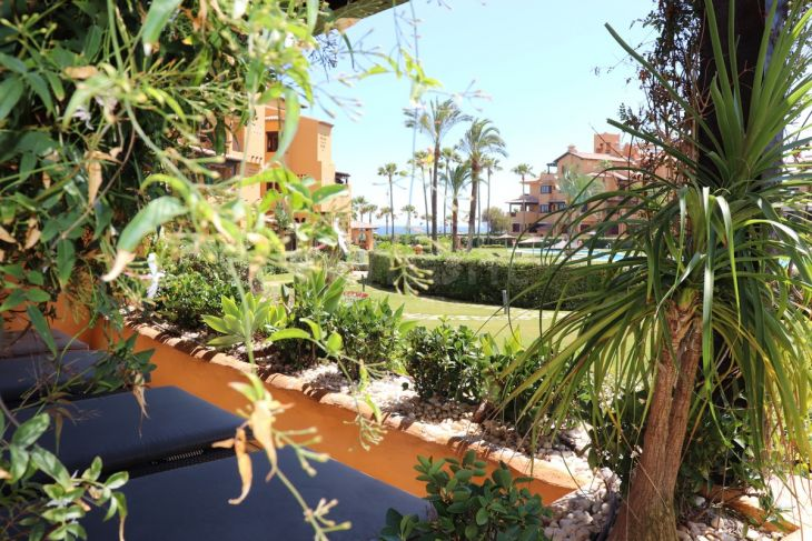 Ground Floor for sale in New Golden Mile, Estepona