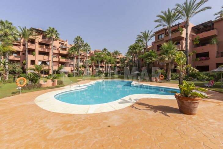 Apartment in Alicate Playa, Marbella East