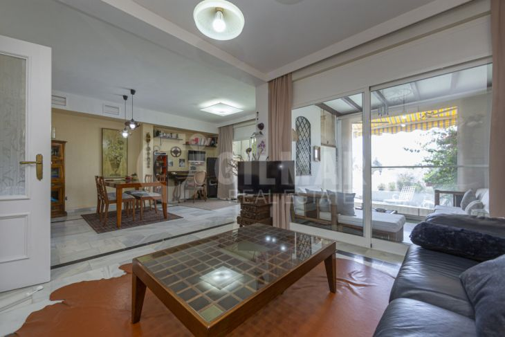 Marbella, Townhouse with sea views in Marbella