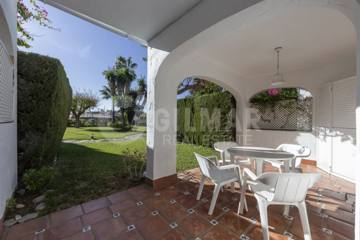 Estepona, Terraced house in Estepona Golf