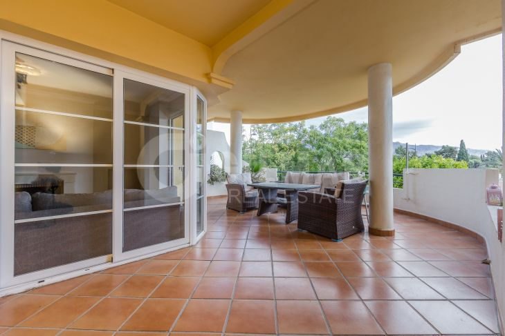 Nueva Andalucia, 2-bedroom apartment in Señorío de Aloha