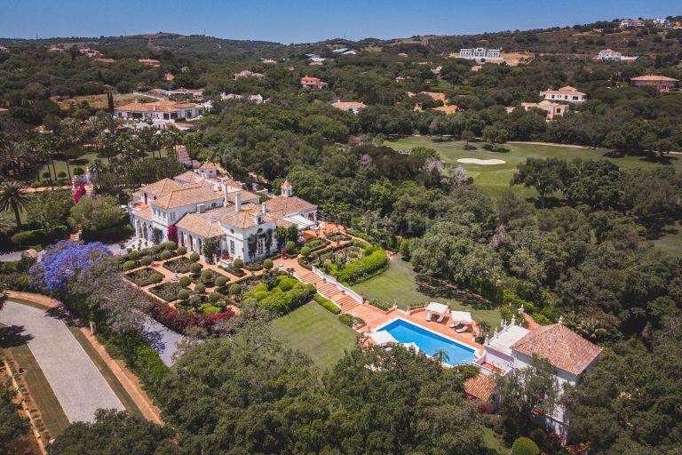 Deslumbrante Villa en Los Altos de Valderrama, Sotogrande