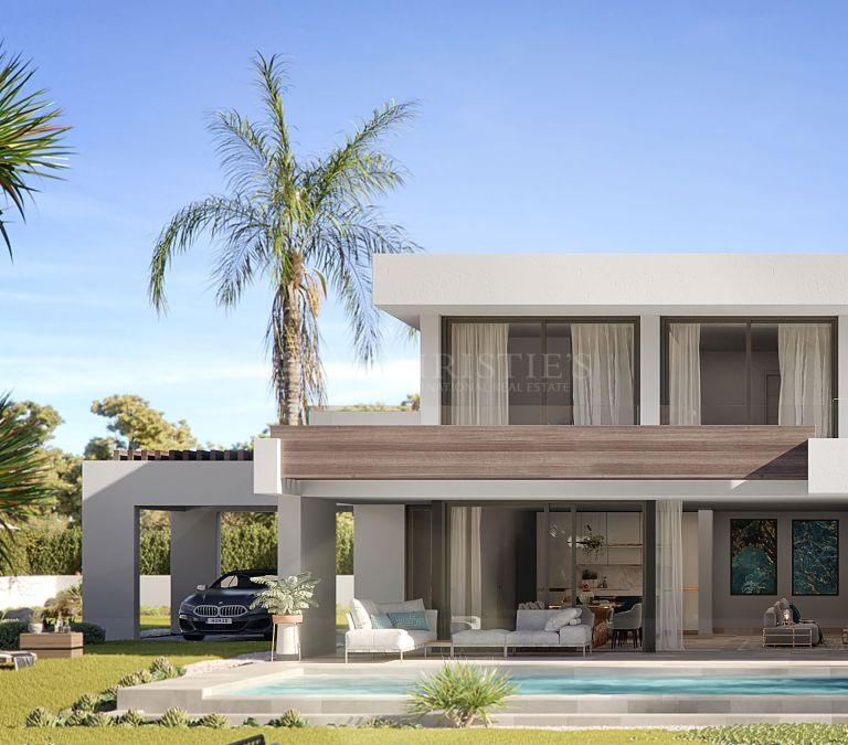 Exceptional Villa Silver in Oceanic, La Duquesa