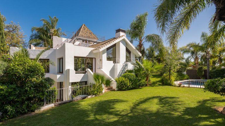 California-inspired designer villa in El Rosario, Marbella