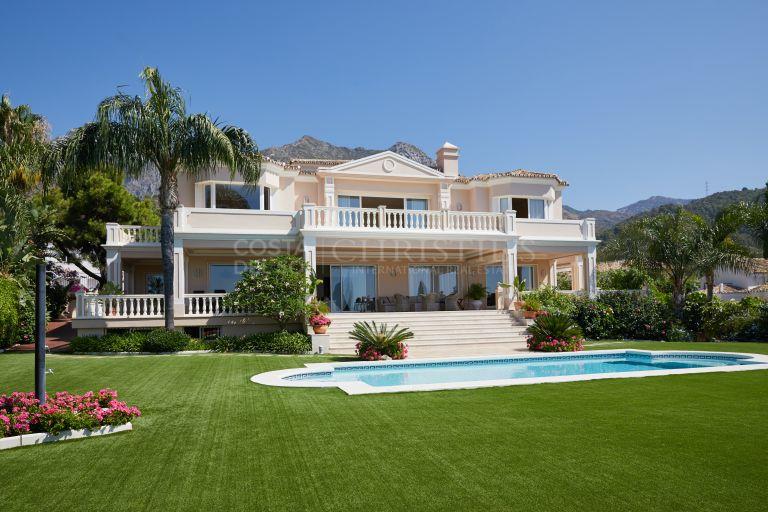 Stunning Villa Cascada de Camojan, Marbella