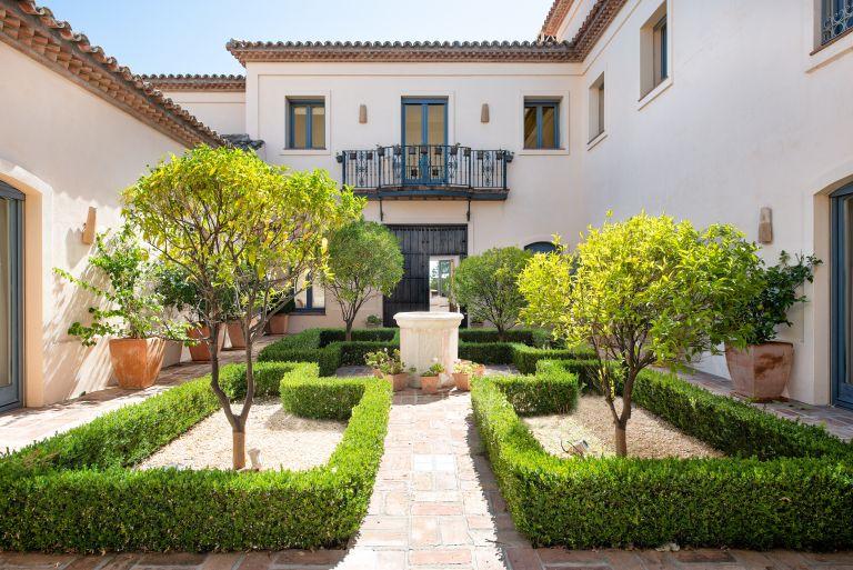 Beautiful andalusian-style house