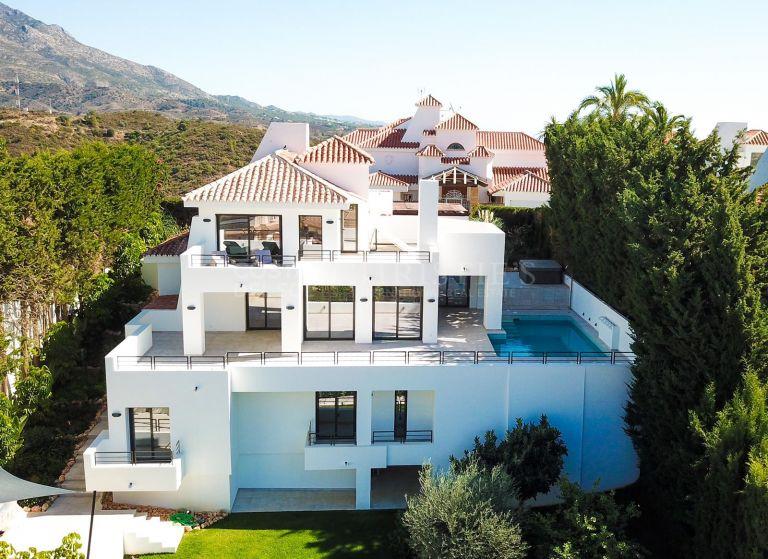 Private villa in Las Lomas de Nueva Andalucía, Marbella