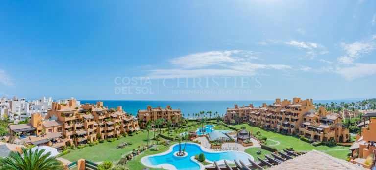 Stunning Duplex Penthouse in Granados del Mar, Estepona