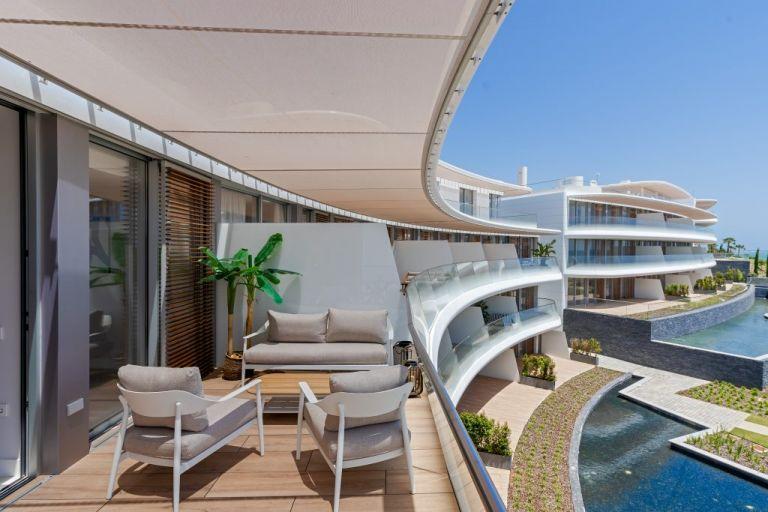 Beachfront Apartment in Estepona