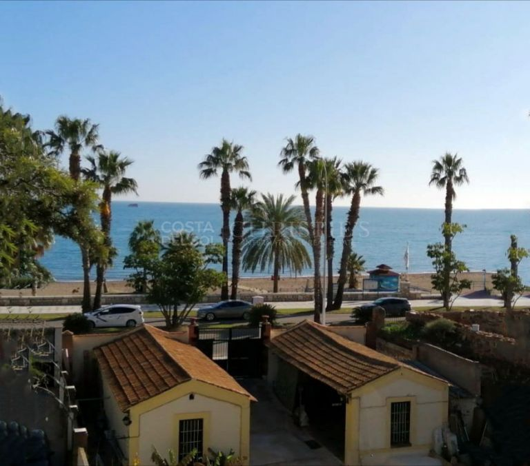 Unique Duplex Penthouse for sale in El Limonar, Malaga