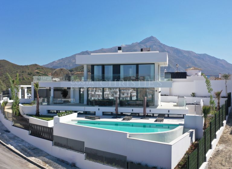 Design Villa in Nueva Andalucia, Marbella