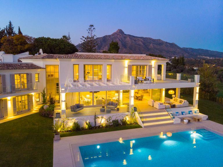 Mansion at the frontline Aloha Golf, Marbella