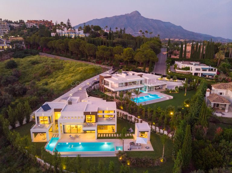 Villa in La Cerquilla, Nueva Andalucia