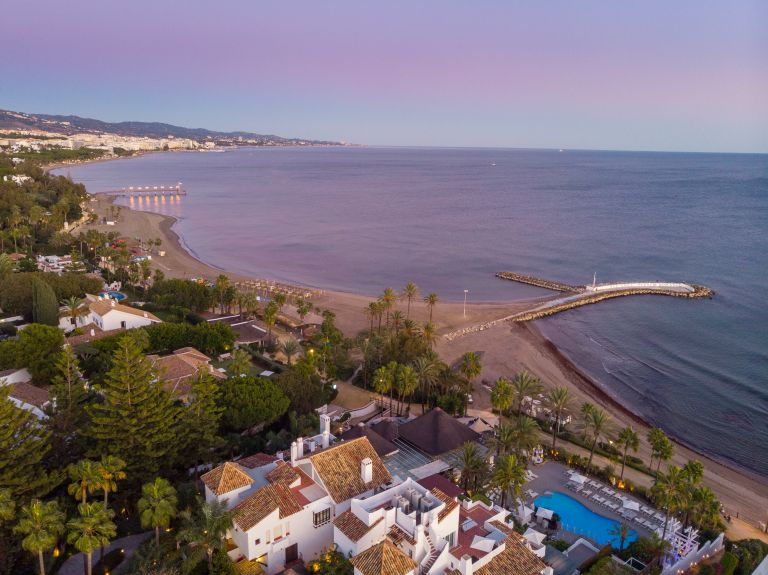 Duplex Penthouse for sale in Puente Romano, Marbella
