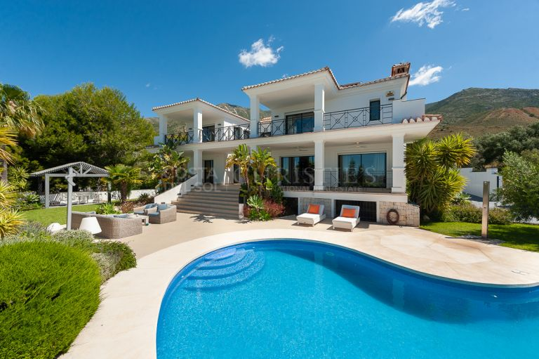 Villa in Valtocado Mijas