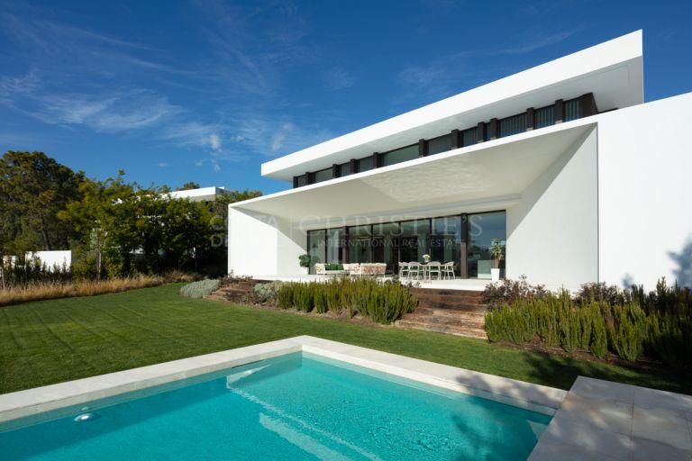 Luxe villa in La Reserva de Alcuzcuz, Marbella