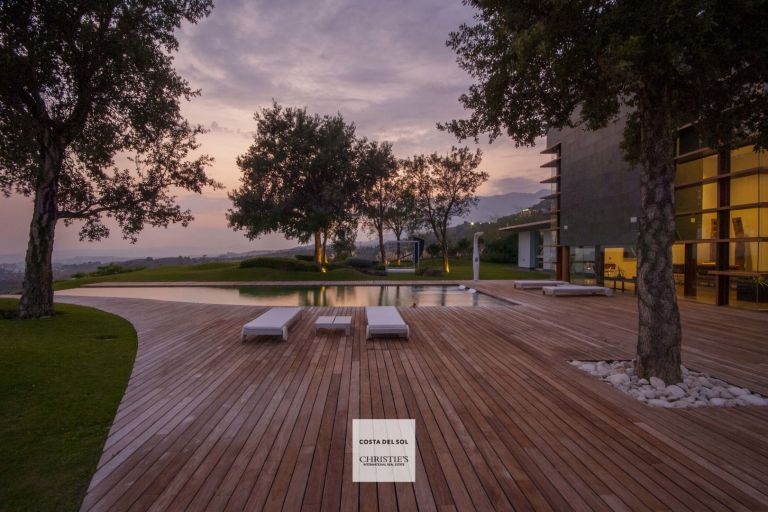 Luxurious, magnificent, minimalist Villa in Fuengirola