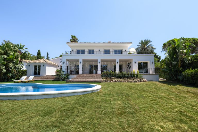Fully renovated quality villa in Guadalmina Alta Frontline golf, west facing,