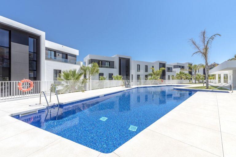 Apartment for sale in Azahar de Marbella