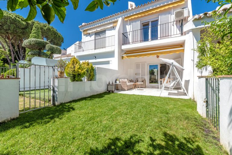 Town House for sale in Peñablanca