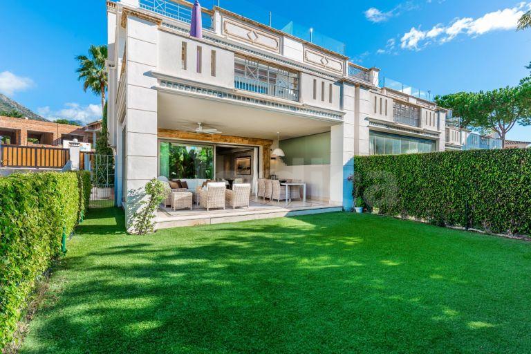 Town House for sale in Sierra Blanca del Mar