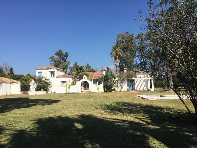 Plot for sale in Casasola