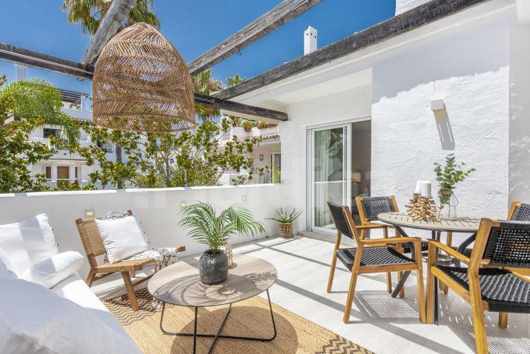 Penthouse for sale in Los Naranjos de Marbella