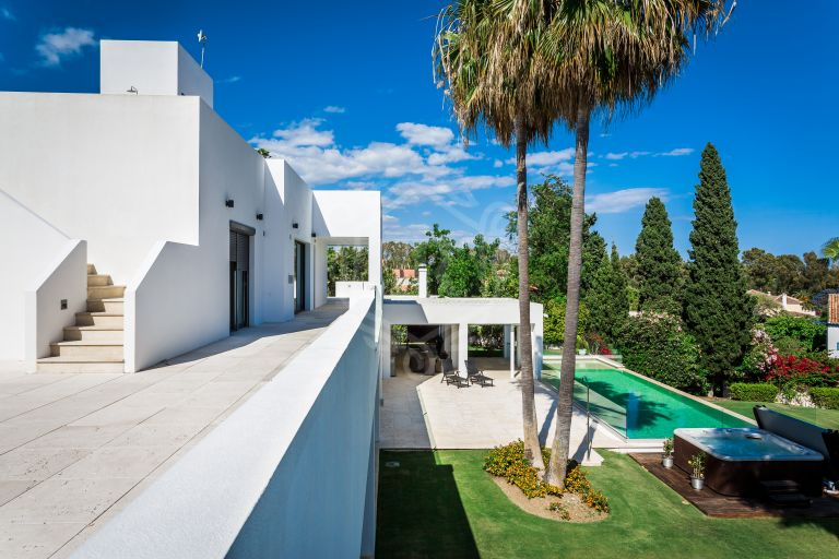 Stunning south-facing villa steps from the beach in Atalaya