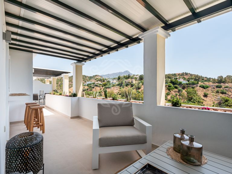 Stylish refurbished penthouse in Arcos de La Quinta