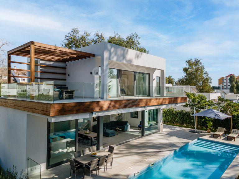 Brand new elegant villa in Arboleda, Estepona