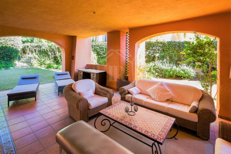 Splendid ground floor apartment in Marbella Golden Mile