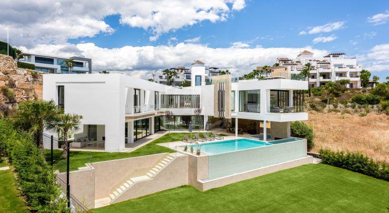 Villa contemporánea lista para entrar a vivir, La Alqueria