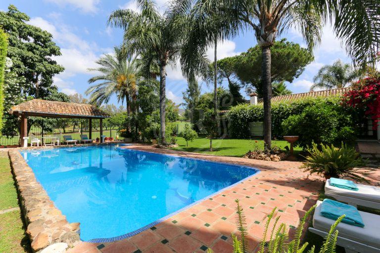 Majestic frontline golf villa in Nueva Andalucia