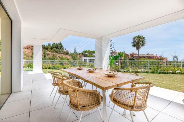 Spectacular ground-floor duplex in Artola Homes, Cabopino