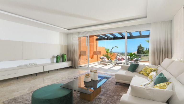 Apartamento en planta baja en Alminar de Marbella, Nueva Andalucía
