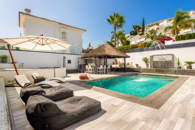 Fantástica villa en Puerto Banús a poca distancia de la playa