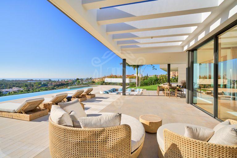 Spectacular luxury villa frontline golf in Los Flamingos, Benahavis
