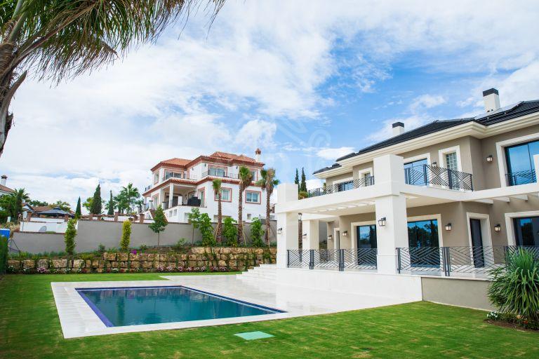 Moderna villa de nueva construcción en Los Flamingos Golf