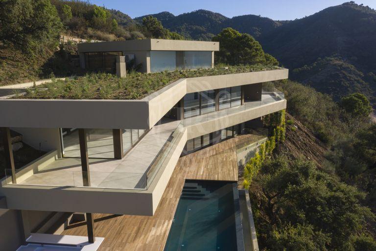 Villa de diseño único y sostenible en Monte Mayor Country Club, Benahavís