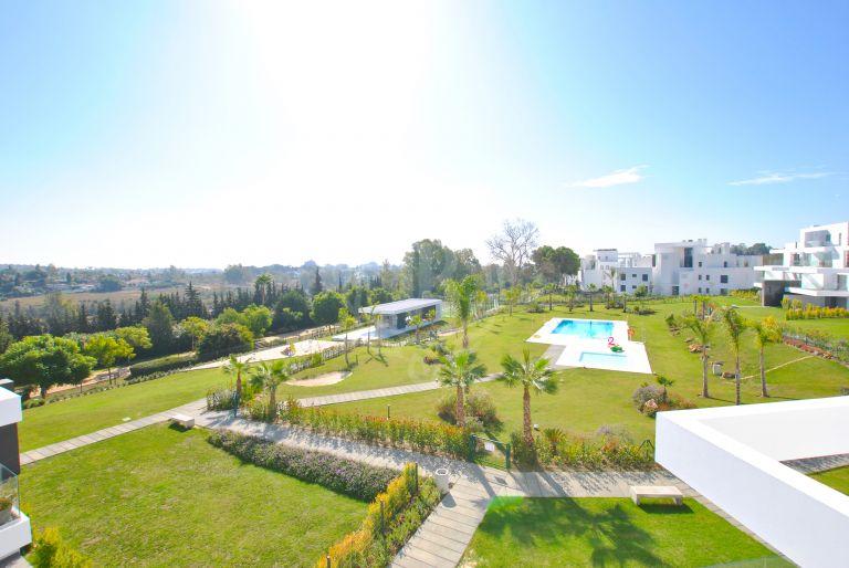 Duplex Penthouse in Marques de Guadalmina -Atalaya, Estepona