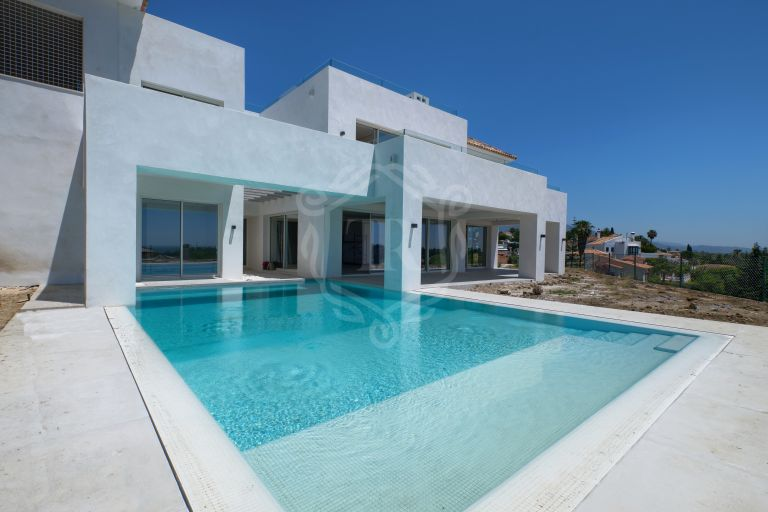 Turnkey villa project in El Paraiso Alto, Benahavis
