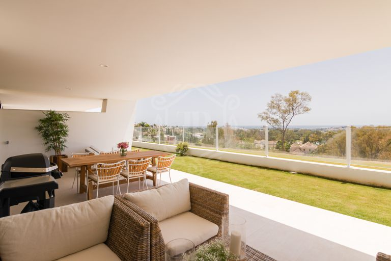 Luxury new build apartment in Nueva Andalucía