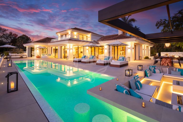 Villa en primera línea de golf - Las Brisas