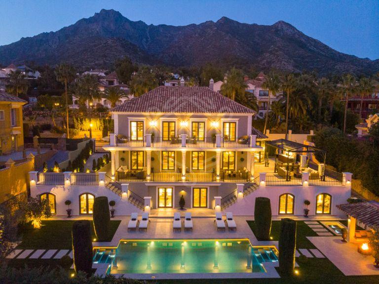 Elegant classic architecture villa in Sierra Blanca - Marbella
