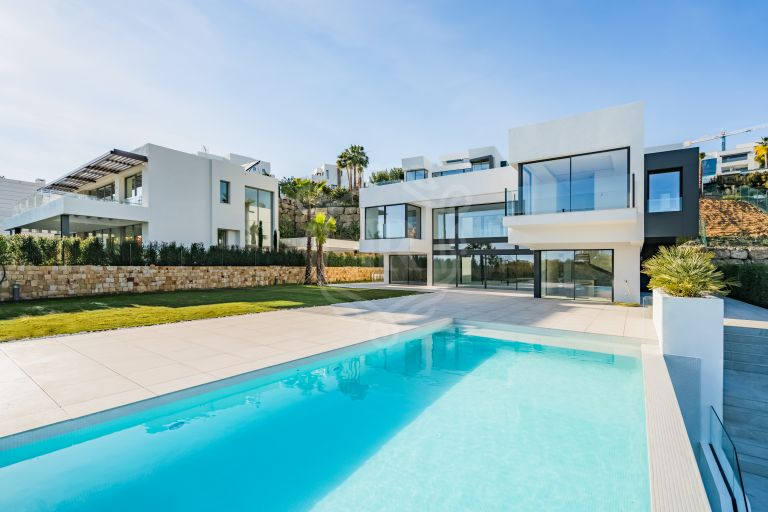 Brand-new contemporary style luxury Villa in Condes de Luque/Capanes Sur, La Alqueria, Benahavis