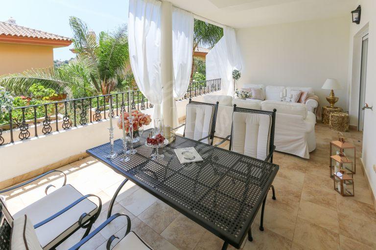 South facing beautiful apartment in Vista Real, Nueva Andalucía
