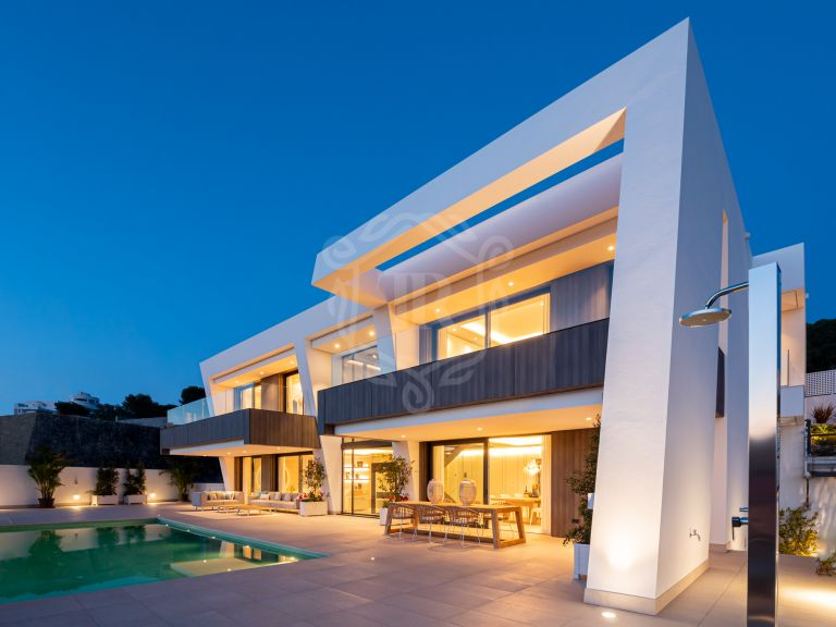 Brand new contemporary villa