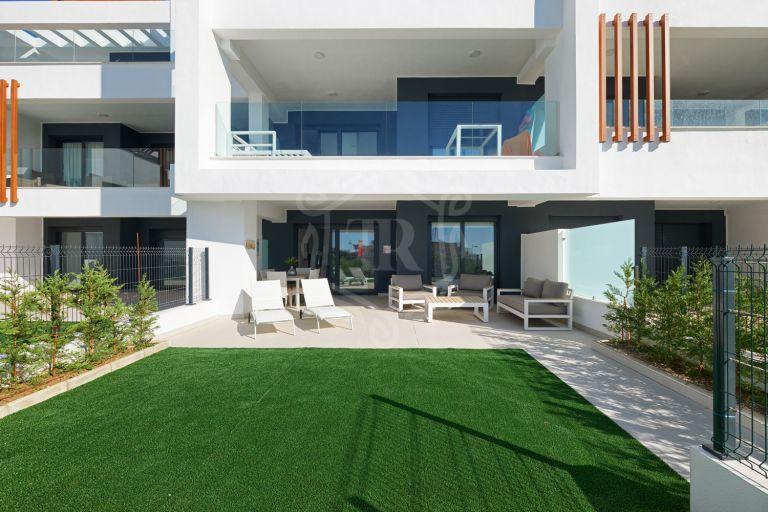 Brand new ground floor apartment in Urb. Miradores Del Sol, Cancelada, Estepona